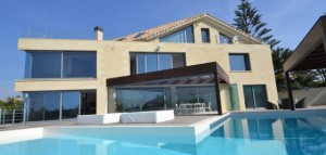 Detached Villa for sale in Las Chapas Playa, Marbella, Málaga, Spain