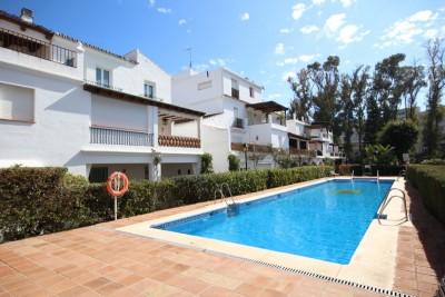 781926 - Apartment For sale in San Pedro Playa, Marbella, Málaga, Spain
