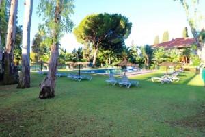 804960 - Apartment For sale in Puerto Banús, Marbella, Málaga, Spain