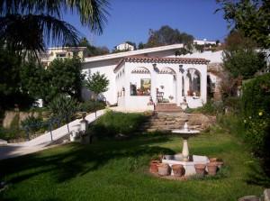 Villa for sale in Torreblanca, Fuengirola, Málaga
