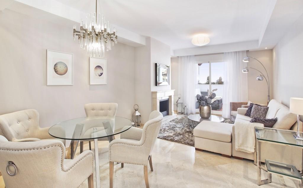 Ref:AM2070 Apartment For Sale in Nueva Andalucia