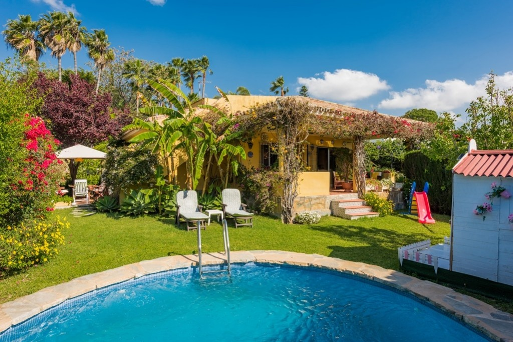 Ref:AM2210 Villa For Sale in El Paraíso