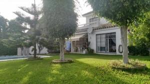Villa en venta en Marbella, Málaga, España