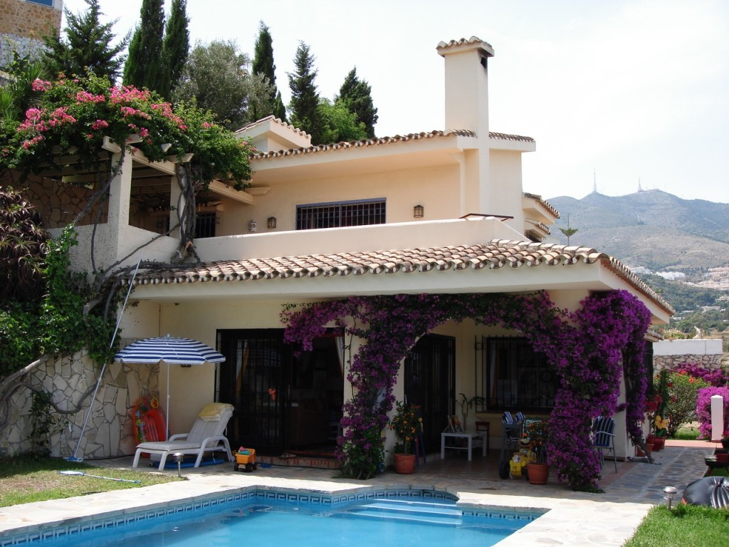 Ref:AM2166 Villa For Sale in Benalmádena
