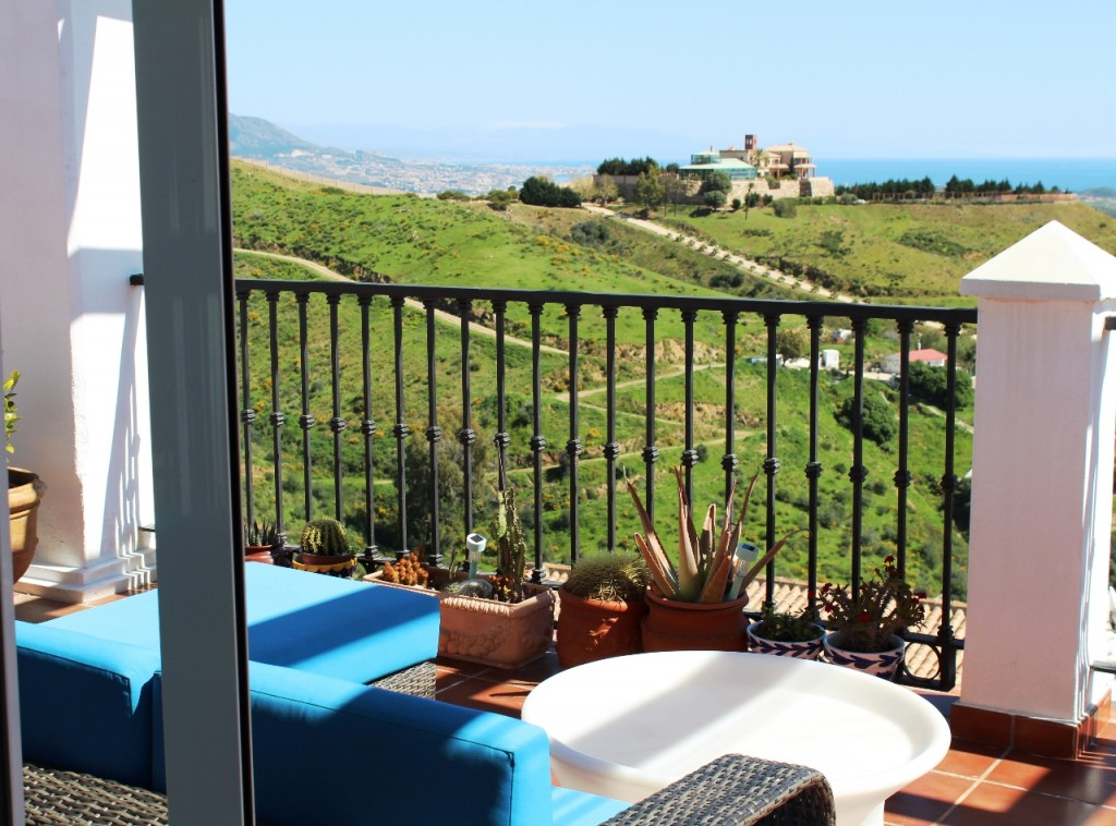 Ref:AM2199 Atico - Penthouse For Sale in Calahonda