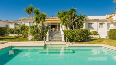 782794 - Villa For sale in Atalaya Alta, Estepona, Málaga, Spain