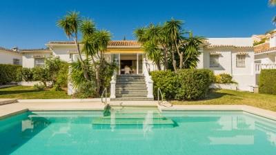 782794 - Villa For sale in Atalaya Alta, Estepona, Málaga, Spain