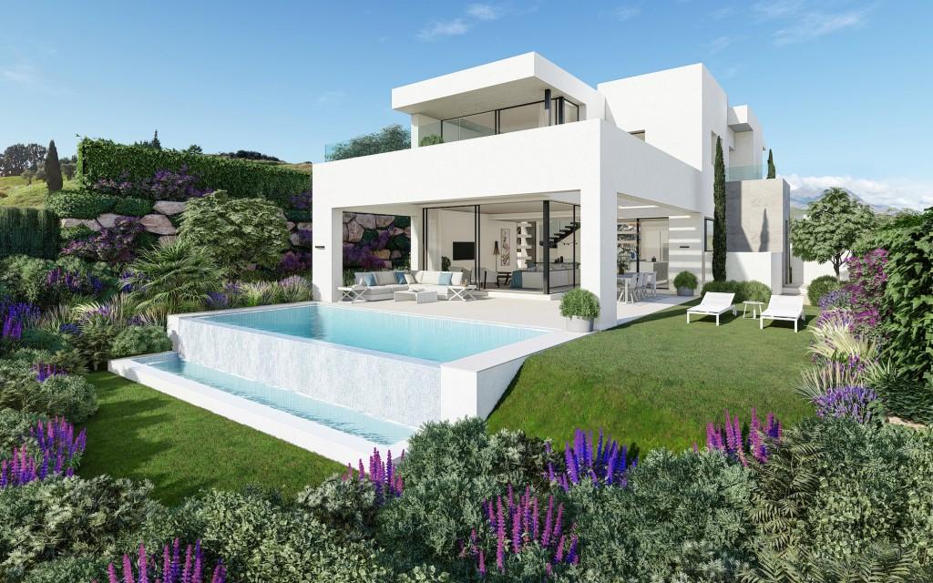 Ref:AM2439 Villa For Sale in Estepona