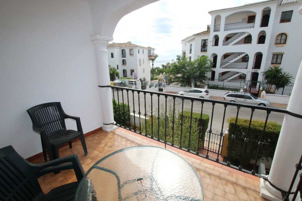 Ref:AM2450 Apartment For Sale in Riviera