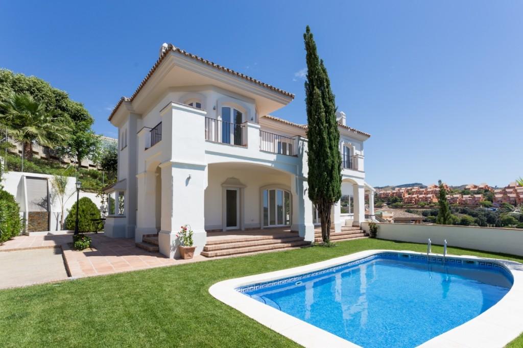 Ref:AM2387 Villa For Sale in Elviria