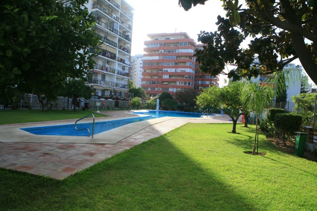 Ref:AM2394 Apartment For Sale in Fuengirola