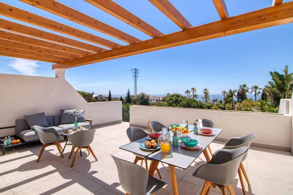 Ref:AM2396 Townhouse For Sale in Benalmádena
