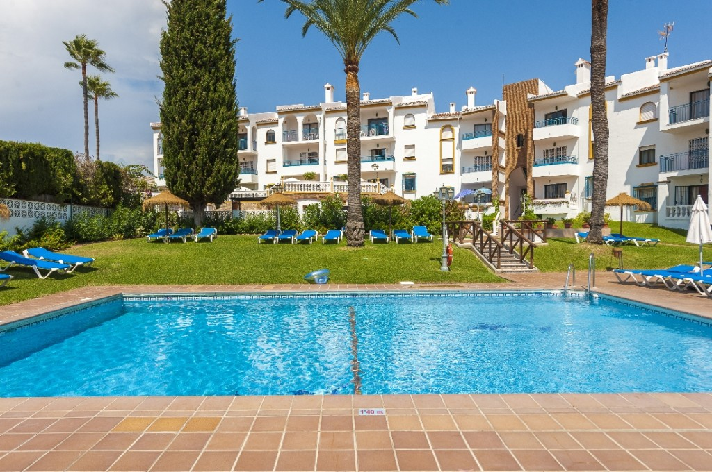 Ref:AM2600 Apartment For Sale in Riviera