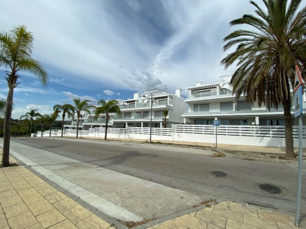 Ref:AM2619 Atico - Penthouse For Sale in Estepona