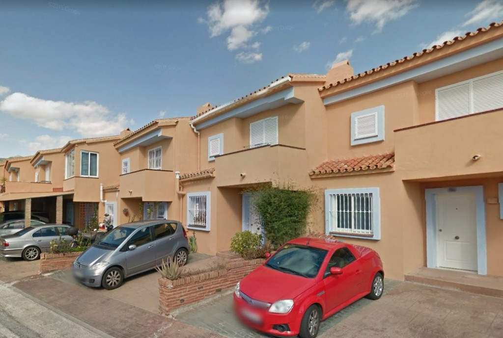 Ref:AM2754 Townhouse For Sale in Benalmádena