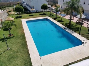 Duplex Penthouse Sprzedaż Nieruchomości w Hiszpanii in Forest Hills, Estepona, Málaga, Hiszpania