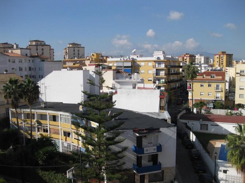 views2