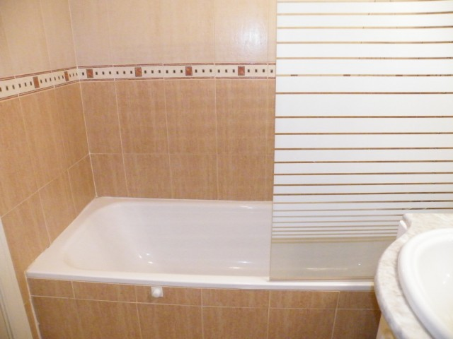 part bathroom en-suite
