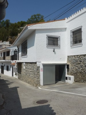 Detached House for sale in Almuñecar, Granada, Spain