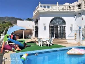 Detached Villa Sprzedaż Nieruchomości w Hiszpanii in Benalmádena, Málaga, Hiszpania