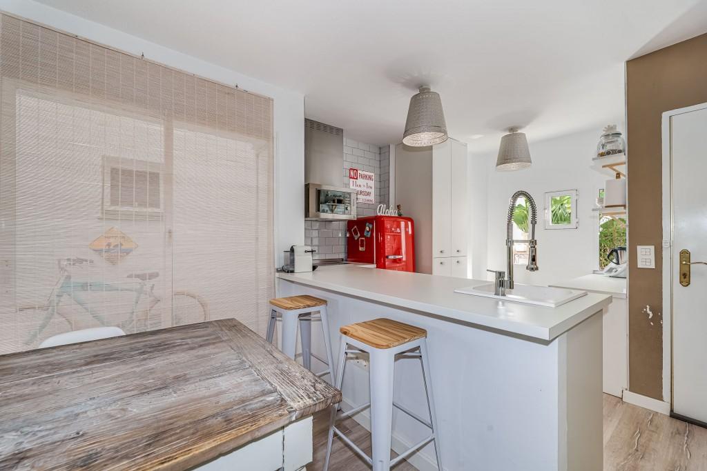 apartamento-totalmente-reformado-en-calahonda (2)