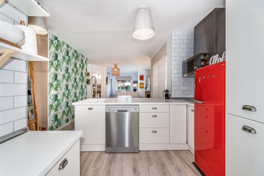 apartamento-totalmente-reformado-en-calahonda (4)