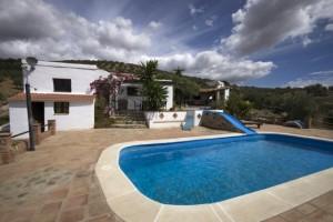 739027 - Country Home for sale in Riogordo, Málaga, Spain