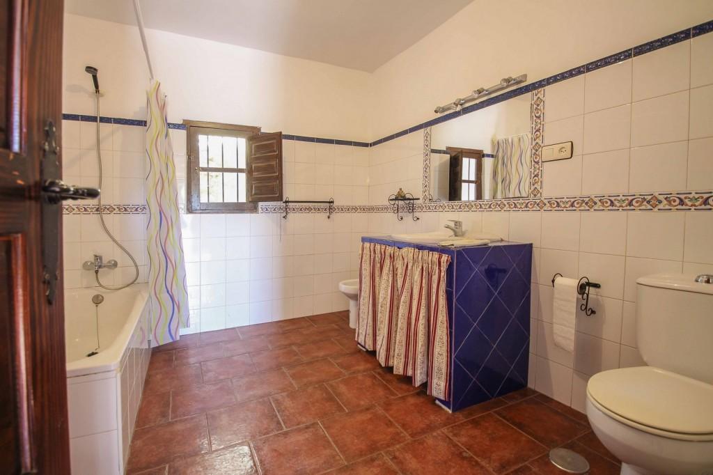 9. 18HC069 - Bathroom 1.1 (Copiar)
