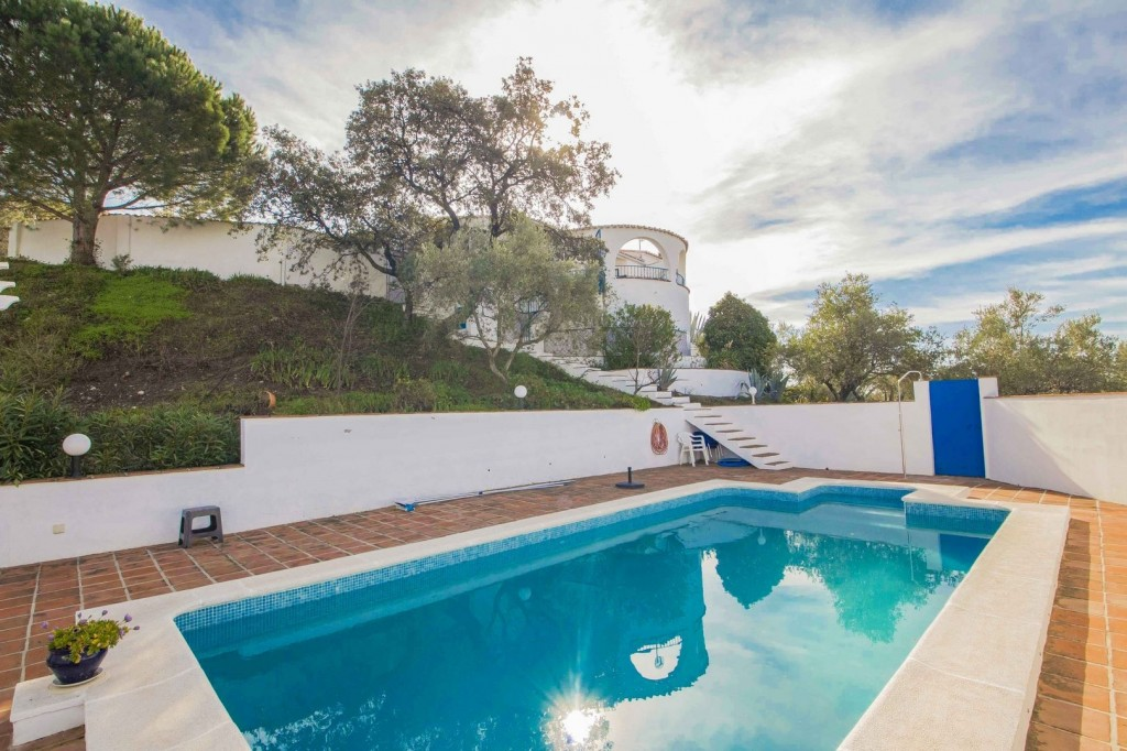2. 19HC002 - Pool and house 1.1 (Copiar)