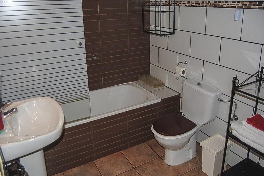 8. 19HC002 - Bathroom guestroom 2.1 (Copiar)