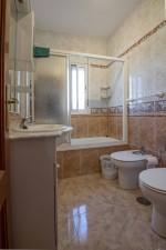 13. 21HC029 - Bathroom 2.1
