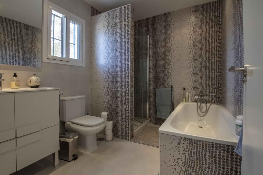 21HC030 - Bathroom 1.1