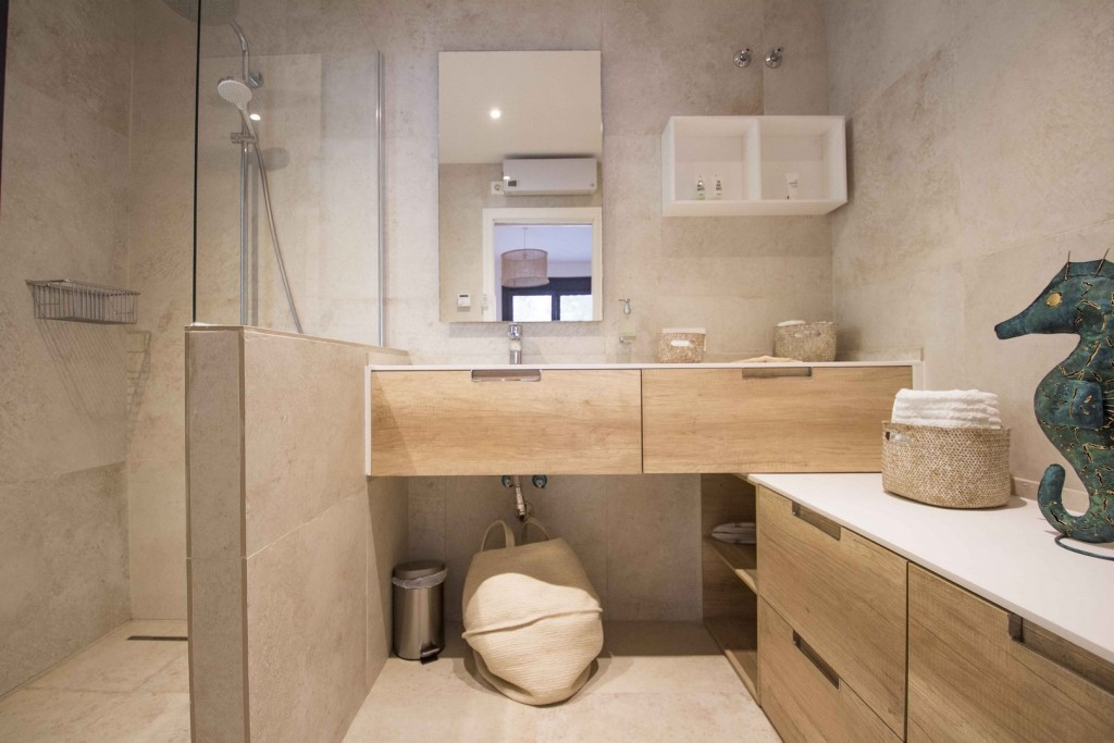 10. 19HC028 - Bathroom 1.1 (Copiar)