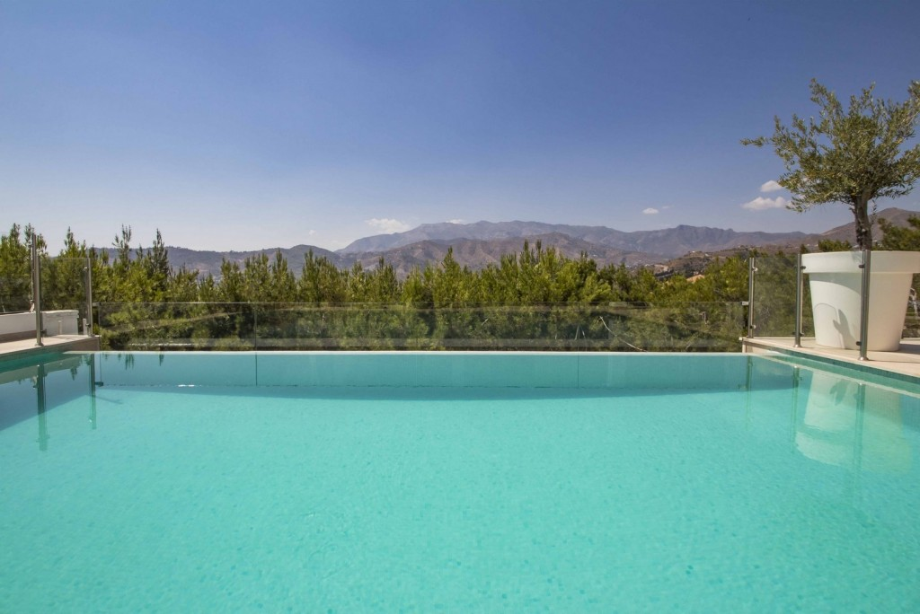 19. 19HC028 - Pool and view 1.1 (Copiar)