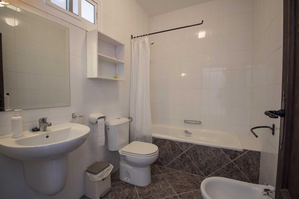 11. 20HC003 - Bathroom 1.1 (Copiar)