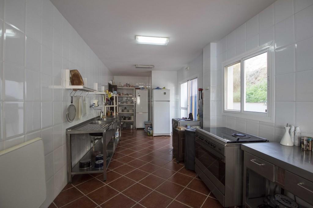 6. 20HC003 - industrial kitchen 1.2 (Copiar)
