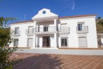 16. 20HC003 - Front of the hotel 1.1 (Copiar)