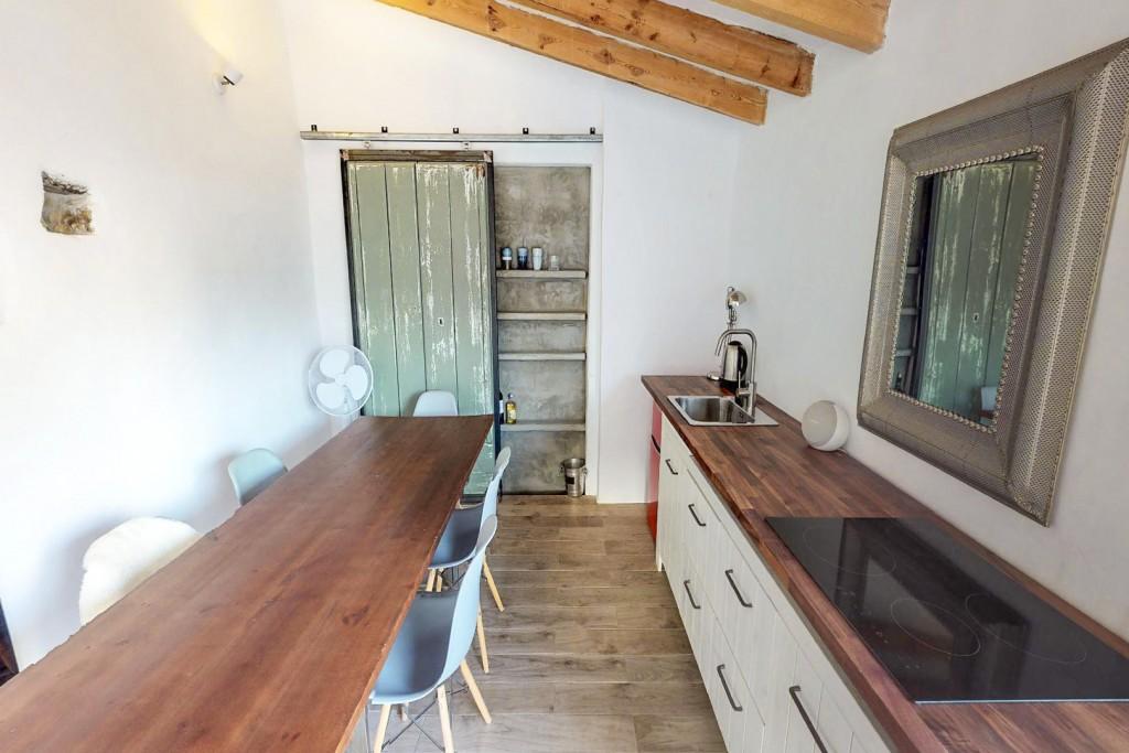 6. 20HC011 - Kitchen 1.1