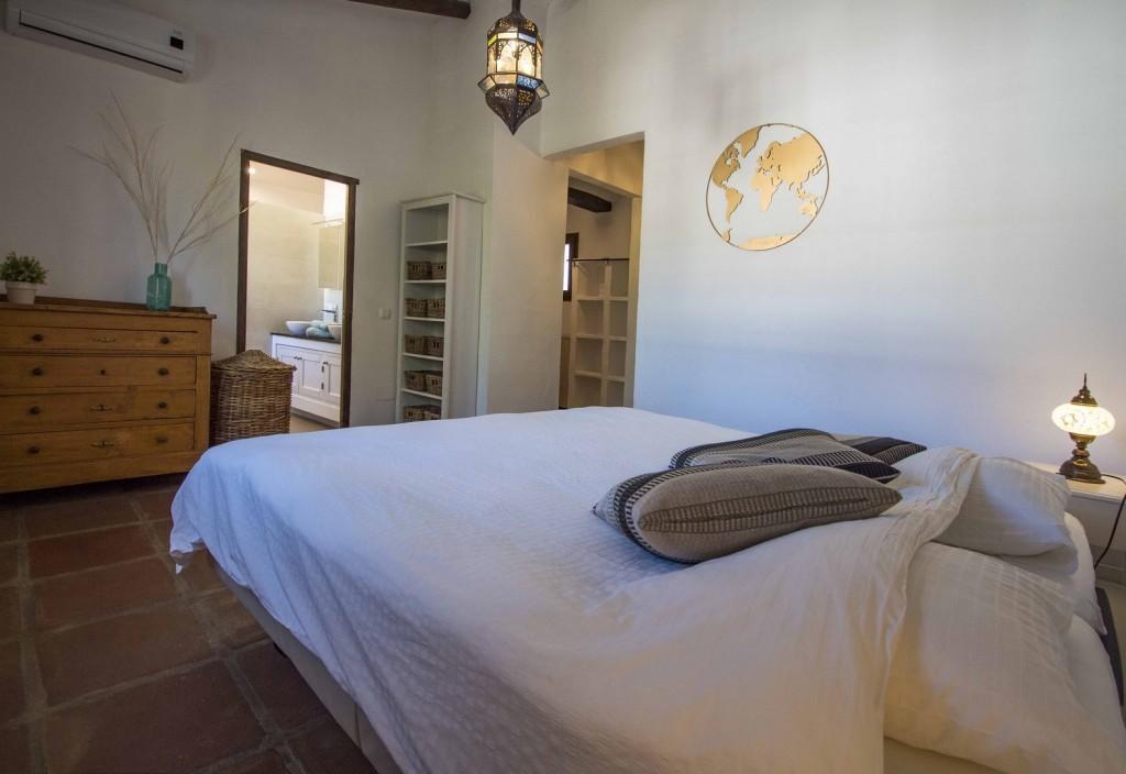 13. 20HC017 - Main bedroom 1.2 (Copiar)