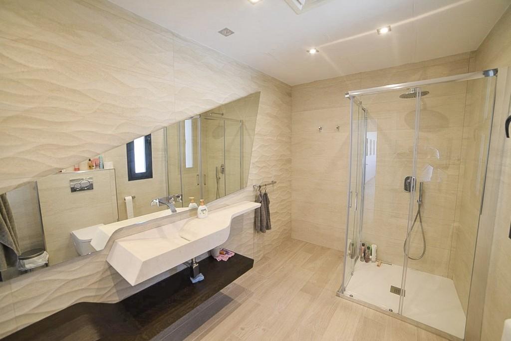 8. 20HC016P - Bathroom 2.1 (Copiar)