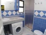 DPN2667_17_Bathroom