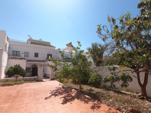 Townhouse in central Nerja - DPN2690