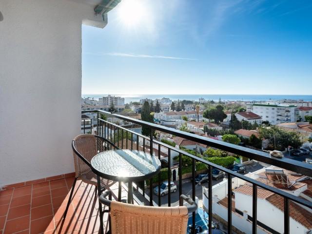 Apartment, central Nerja, DPN2714