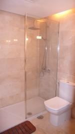 1086 bathroom