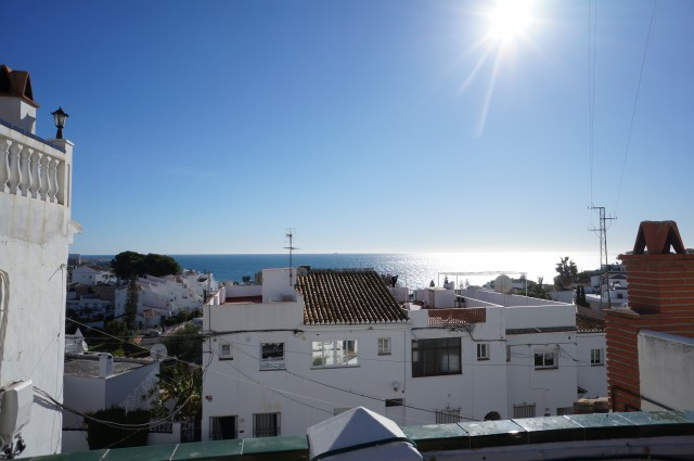 Spacious 2 bedroom Townhouse in the popular Punta Lara with large roof terrace.