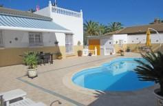 793980 - Villa for sale in Puente Genil, Córdoba, Spain