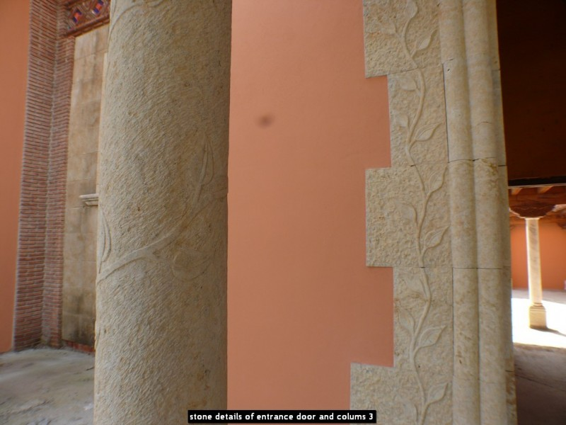 stone details of entrance door and colums 3