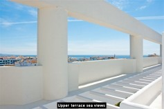607404 - Penthouse for sale in Puerto Banús, Marbella, Málaga, Spain