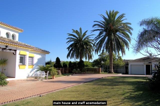 main house and staff acomodation
