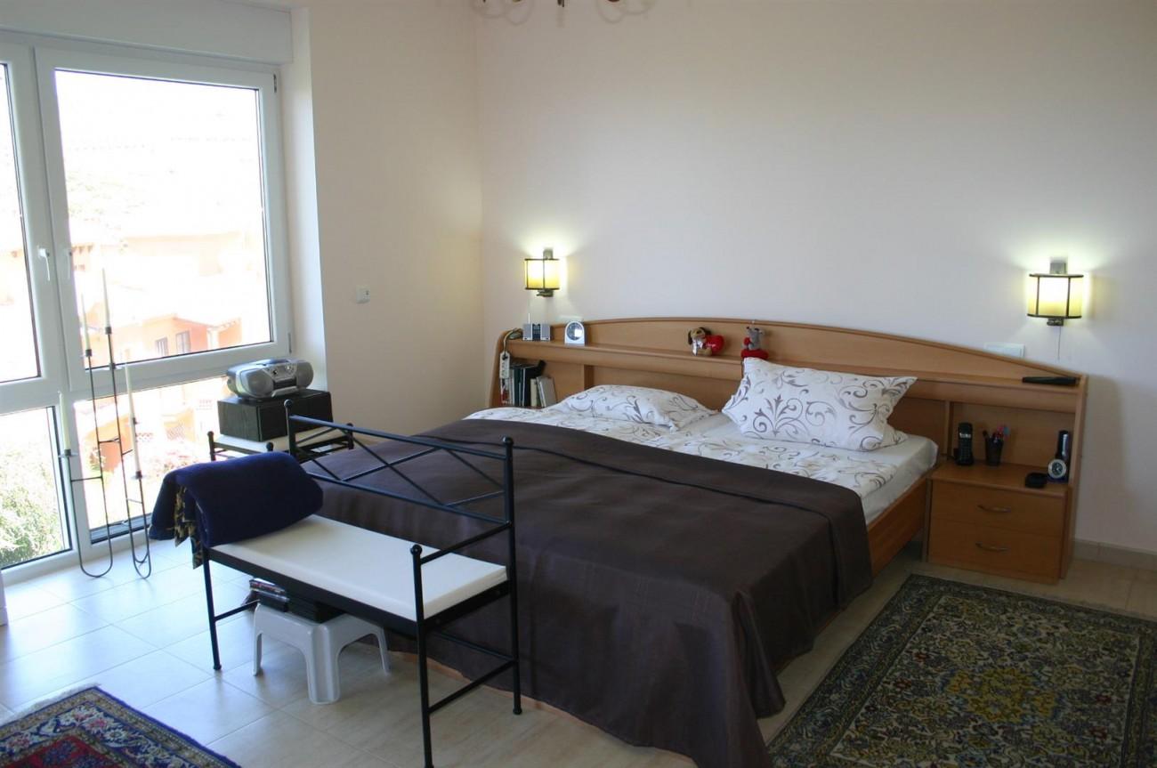 V2209 Luxury Villa in Benahavis Malaga (7)